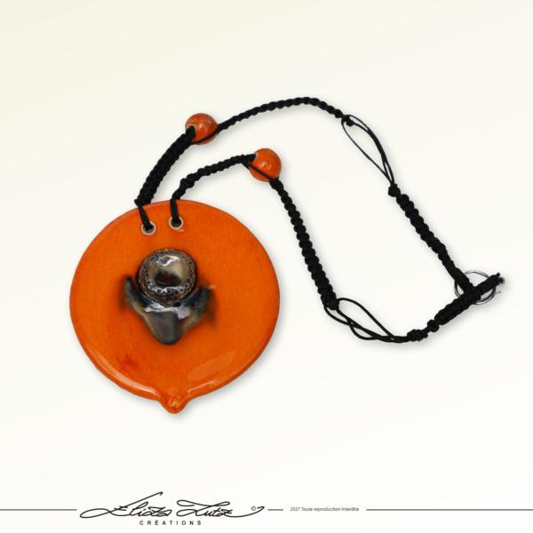 Céramique_Collier_Bouton d'or_orange argent_02_ElizaLUTZ