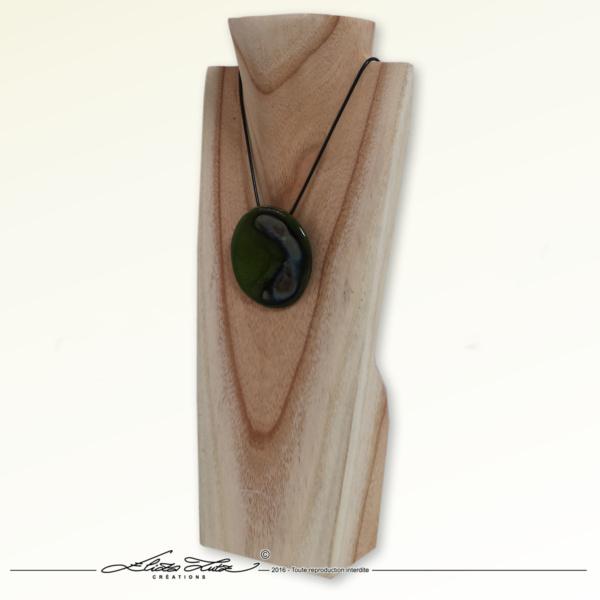 Céramique_Collier_Nebuleuse vert prairie_65mm_02_ElizaLutz