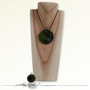 Céramique_Collier_Nebuleuse vert prairie_65mm_06_ElizaLutz
