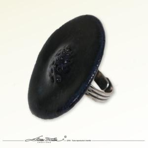 Ceramique_Bague_Camomille Noire 01_45mm_01_Eliza Lutz
