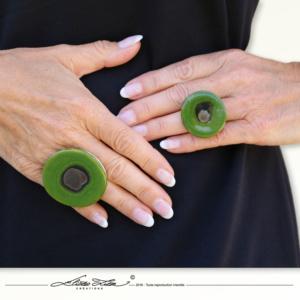 Ceramique_Bague_Marguerite Vert Praire_45mm_04_Eliza Lutz